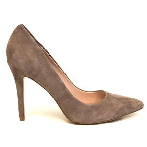 ✨Sunday Sale✨Charles David Suede Pointed-Toe Pump